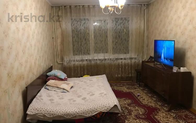 2-комнатная квартира, 46 м², 1/5 этаж, мкр №9, Юрия Кима — Берегового за 16 млн 〒 в Алматы, Ауэзовский р-н