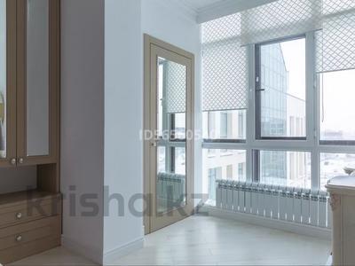 3-комнатная квартира, 120 м², 7/8 этаж, Мухамедханова 21 — Айтеке би за 53 млн 〒 в Нур-Султане (Астана), Есиль р-н — фото 14