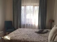 8-комнатный дом, 300 м², 10 сот., мкр Дубок-2 за 120 млн 〒 в Алматы, Ауэзовский р-н