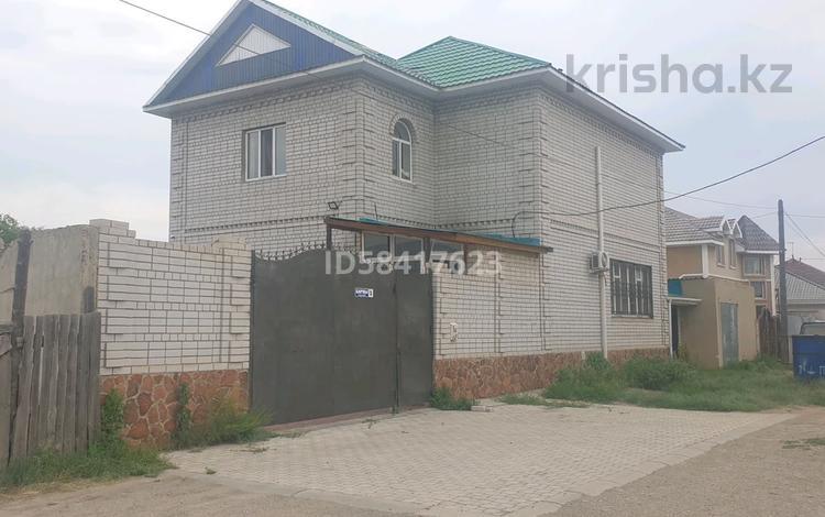5-комнатный дом, 250 м², 10 сот., Баркы 5 — Сорокина за 38 млн 〒 в Семее