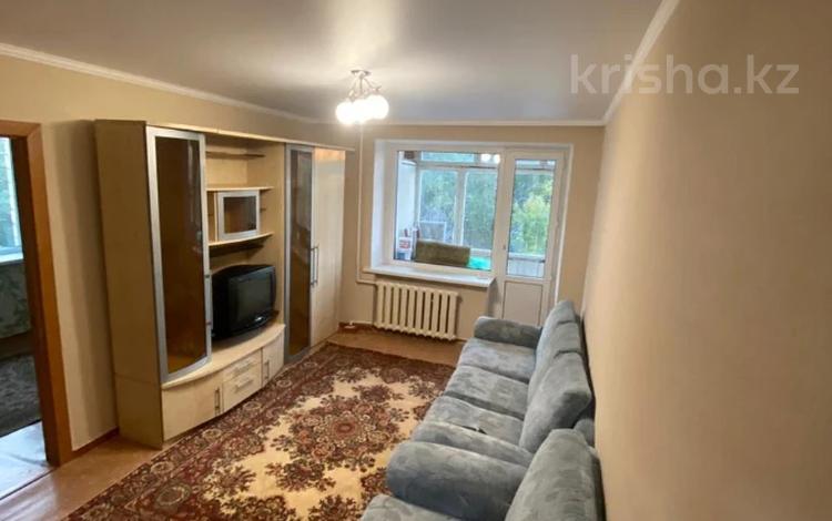 3-комнатная квартира, 53 м², 3/6 этаж помесячно, Сатыбалдина 2 за 100 000 〒 в Караганде, Казыбек би р-н