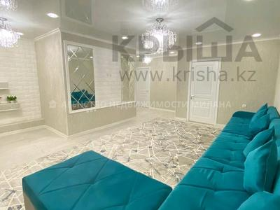 4-комнатная квартира, 74 м², 2/5 этаж, улица Желтоксан — проспект Бауыржан Момышулы за 33 млн 〒 в Шымкенте, Аль-Фарабийский р-н