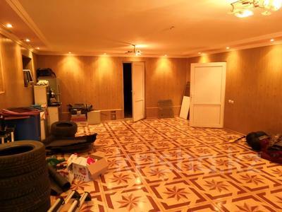 7-комнатный дом, 390 м², 6 сот., Стахановская 41 за 85 млн 〒 в Алматы, Турксибский р-н — фото 3