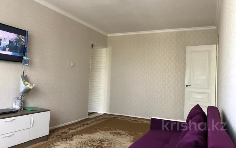 2-комнатная квартира, 45 м², 4/4 этаж, мкр №9, Мкр №9 — Берегового за 15.4 млн 〒 в Алматы, Ауэзовский р-н