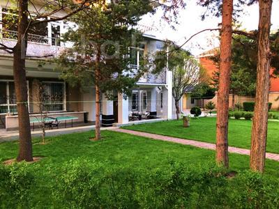8-комнатный дом помесячно, 460 м², 16 сот., проспект Аль-Фараби — Аскарова Асанбая за 900 000 〒 в Алматы, Бостандыкский р-н — фото 21