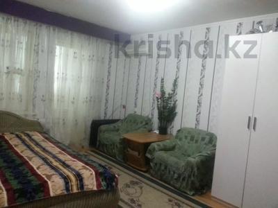 1-комнатная квартира, 43 м², 1/5 этаж помесячно, 15-й мкр 18 за 75 000 〒 в Актау, 15-й мкр