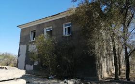 Здание, площадью 785.7 м², П. Строителей за ~ 12.4 млн 〒 в Жезказгане