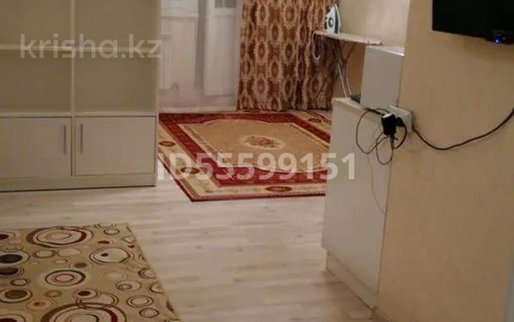 1-комнатная квартира, 35 м², 12/14 этаж помесячно, Момышулы 2/7 — Таулесездык за 120 000 〒 в Нур-Султане (Астана), Есиль р-н