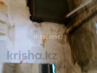 2-комнатный дом, 50 м², 3 сот., мкр Михайловка , Защитная — Бадина за 5.8 млн 〒 в Караганде, Казыбек би р-н — фото 5