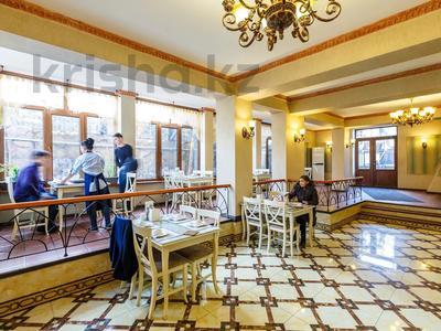 Здание, площадью 832.7 м², Жансугурова 413 — Жумабаева за 246 млн 〒 в Алматы, Турксибский р-н — фото 10