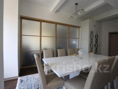 5-комнатная квартира, 150 м², 3/3 этаж, мкр Ерменсай за 90 млн 〒 в Алматы, Бостандыкский р-н — фото 8