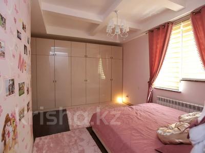 5-комнатная квартира, 150 м², 3/3 этаж, мкр Ерменсай за 90 млн 〒 в Алматы, Бостандыкский р-н — фото 17