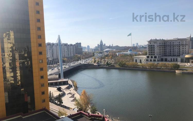 3-комнатная квартира, 90 м², 12/16 этаж, Мкр Самал 1 за 33 млн 〒 в Нур-Султане (Астана)