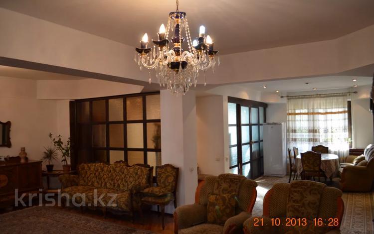 4-комнатная квартира, 145 м², 3/6 этаж, Тулебаева 53 — Гоголя за 75 млн 〒 в Алматы, Медеуский р-н