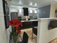 1-комнатная квартира, 46 м² посуточно, мкр Тастак-2, Брусиловского 159блок1 за 15 000 〒 в Алматы, Алмалинский р-н