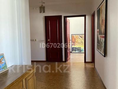 2-комнатная квартира, 60 м², 6/10 этаж посуточно, Абая 8 за 14 000 〒 в Нур-Султане (Астане), Сарыарка р-н