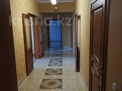 5-комнатный дом, 200 м², 15 сот., Лизы Чайкиной 34 — Мира за 28.5 млн 〒 в Темиртау — фото 3