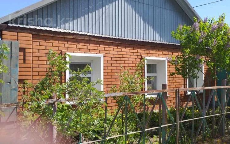 4-комнатный дом, 80 м², 6 сот., Красноярская за 9 млн 〒 в Павлодаре