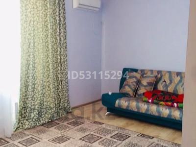 2-комнатная квартира, 70 м², 2/5 этаж посуточно, Амангельди 110 за 10 000 〒 в