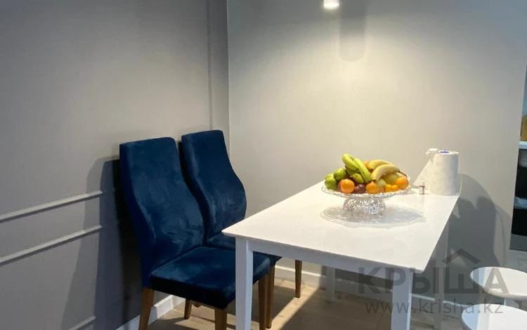 3-комнатная квартира, 70 м², 8/13 этаж, Макатаева за 37.6 млн 〒 в Алматы, Алмалинский р-н