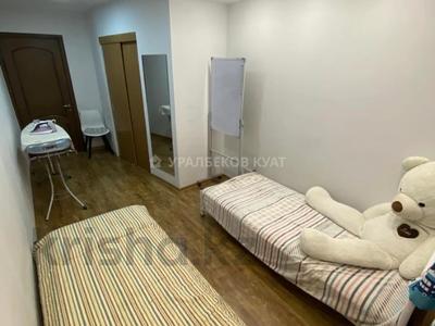 3-комнатная квартира, 60 м², 1/4 этаж, мкр №1, Мкр №1 за 19.5 млн 〒 в Алматы, Ауэзовский р-н — фото 7