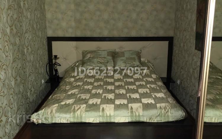 4-комнатная квартира, 80 м², 2/5 этаж, 12-й микрорайон, 12-й микрорайон 223 г за 30 млн 〒 в Шымкенте, Енбекшинский р-н