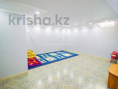 5-комнатный дом, 290 м², 10 сот., Енлик Кебек 24 — Жастар за 60 млн 〒 в Талдыкоргане — фото 11