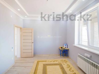 5-комнатный дом, 290 м², 10 сот., Енлик Кебек 24 — Жастар за 60 млн 〒 в Талдыкоргане — фото 12