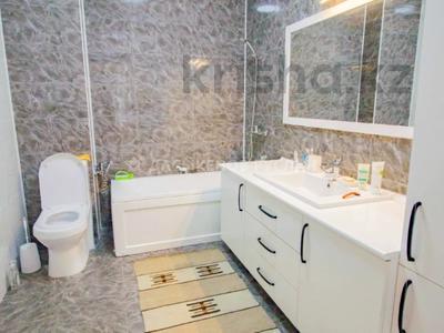 5-комнатный дом, 290 м², 10 сот., Енлик Кебек 24 — Жастар за 60 млн 〒 в Талдыкоргане — фото 29
