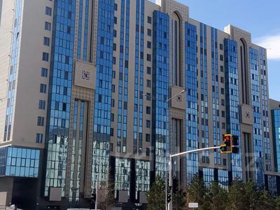 3-комнатная квартира, 100 м², 7/22 этаж посуточно, Сарыарка 5 — Кенесары за 20 000 〒 в Нур-Султане (Астана), Сарыарка р-н
