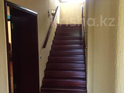 5-комнатный дом, 217 м², 7 сот., Сатпаева 28 за 90 млн 〒 в Кокшетау — фото 9