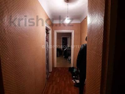 3-комнатная квартира, 64 м², 4/4 этаж, проспект Абылай Хана — Макатаева за 21.5 млн 〒 в Алматы, Алмалинский р-н