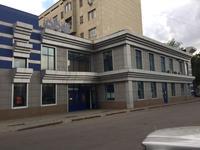Здание, площадью 3174 м²