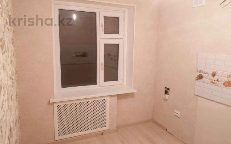 1-комнатная квартира, 36 м², 2/5 этаж, Таха Хусейна 15/2 за 12.3 млн 〒 в Нур-Султане (Астана), р-н Байконур