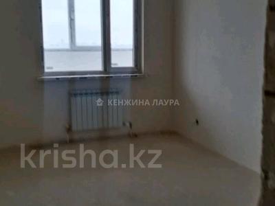 3-комнатная квартира, 101 м², 10/18 этаж, Кенесары за 27.9 млн 〒 в Нур-Султане (Астана), Сарыарка р-н — фото 8