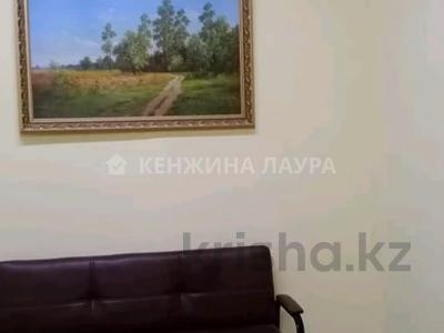 3-комнатная квартира, 101 м², 10/18 этаж, Кенесары за 27.9 млн 〒 в Нур-Султане (Астана), Сарыарка р-н — фото 2