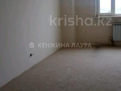 3-комнатная квартира, 101 м², 10/18 этаж, Кенесары за 27.9 млн 〒 в Нур-Султане (Астана), Сарыарка р-н — фото 7