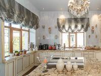 8-комнатный дом помесячно, 700 м², 18 сот.