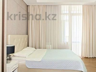 4-комнатная квартира, 140 м², 10/22 этаж помесячно, Кабанбай батыра 43B за 320 000 〒 в Нур-Султане (Астана), Есиль р-н