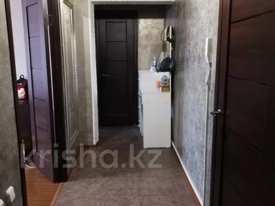 2-комнатная квартира, 52 м², 6/9 этаж, проспект Богенбай батыра 63 за 15 млн 〒 в Нур-Султане (Астана), Сарыаркинский р-н — фото 10