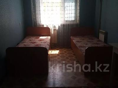 2-комнатная квартира, 48 м², 3/5 этаж помесячно, Аскарова 30 за 60 000 〒 в Шымкенте, Аль-Фарабийский р-н — фото 3