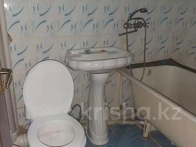 2-комнатная квартира, 48 м², 3/5 этаж помесячно, Аскарова 30 за 60 000 〒 в Шымкенте, Аль-Фарабийский р-н — фото 6