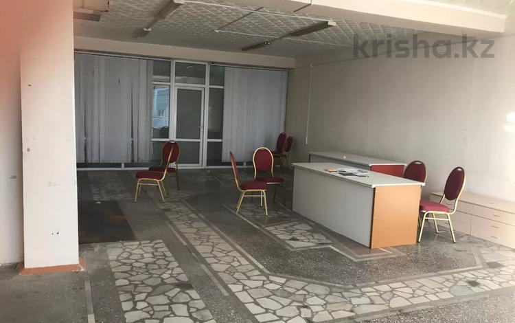 Помещение площадью 126 м², Бухар-Жырау за 2 000 〒 в Караганде
