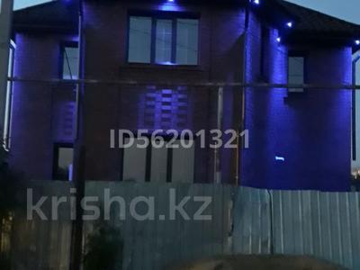 7-комнатный дом, 200 м², 10 сот., Карьерная 20 за 25 млн 〒 в Рудном — фото 15