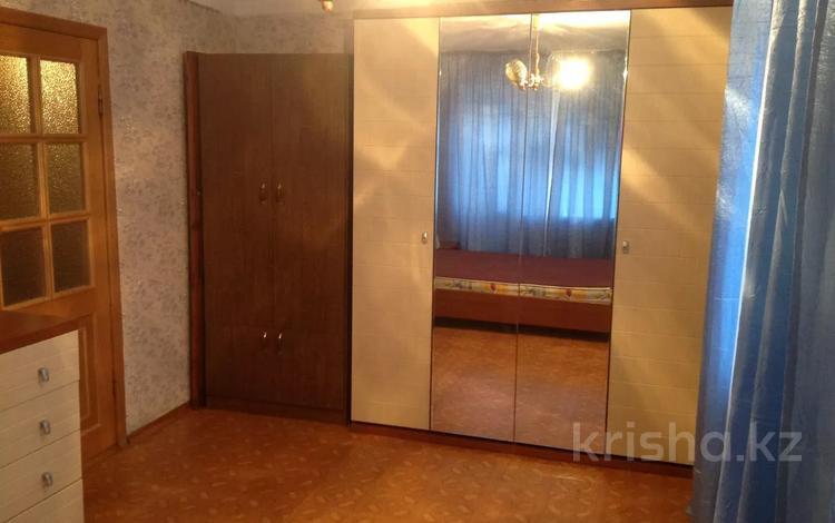 1-комнатная квартира, 40 м², 2/5 этаж помесячно, мкр Водников-2, Сатпаева 8 за 65 000 〒 в Атырау, мкр Водников-2