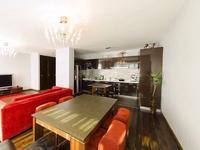 4-комнатная квартира, 150 м², 5 этаж помесячно