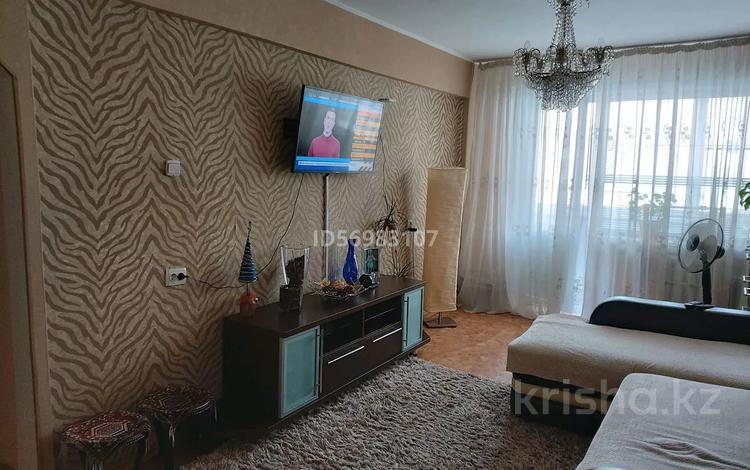 3-комнатная квартира, 59.6 м², 2/5 этаж, Бурова 27/1 за 18.5 млн 〒 в Усть-Каменогорске