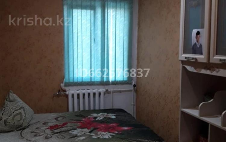 3-комнатная квартира, 71 м², 9/9 этаж, 10 микрорайон 4 за 15 млн 〒 в Аксае