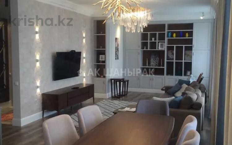 3-комнатная квартира, 110 м², 3 этаж помесячно, Ивана Панфилова 14 за 350 000 〒 в Нур-Султане (Астана), Алматы р-н