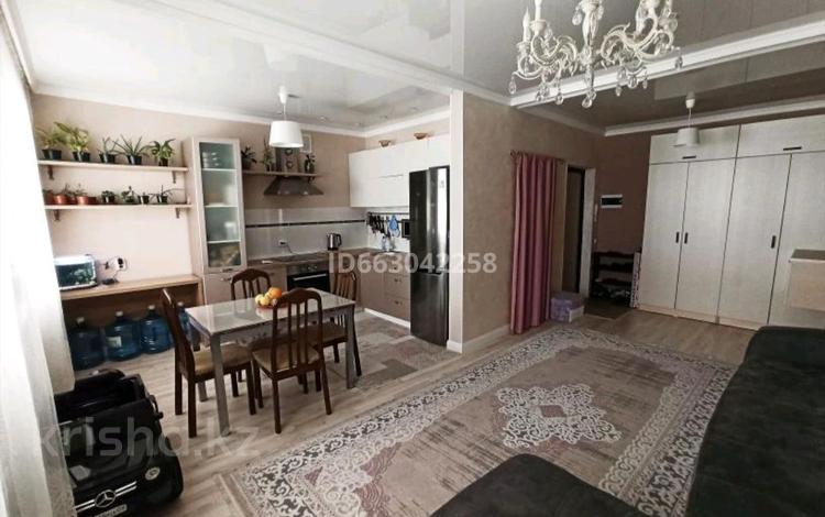 2-комнатная квартира, 52 м², 1/3 этаж, Суткент 30/1 за 15 млн 〒 в Нур-Султане (Астана), Алматы р-н